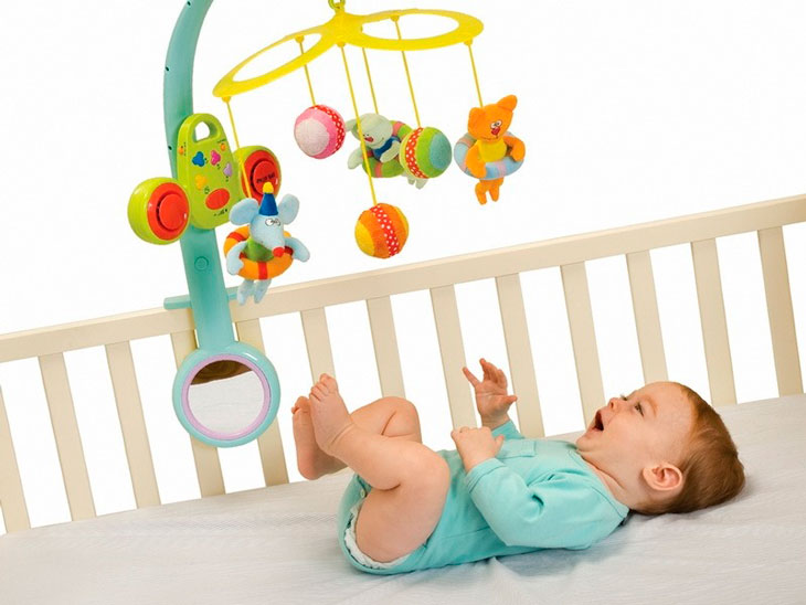 mobil-na-krovatku Как выбрать детский мобиль на кроватку? Обзор 5 лучших моделей, советы || Класс Мобиль на кроватку в рукодельной энциклопедии Pro100hobbi