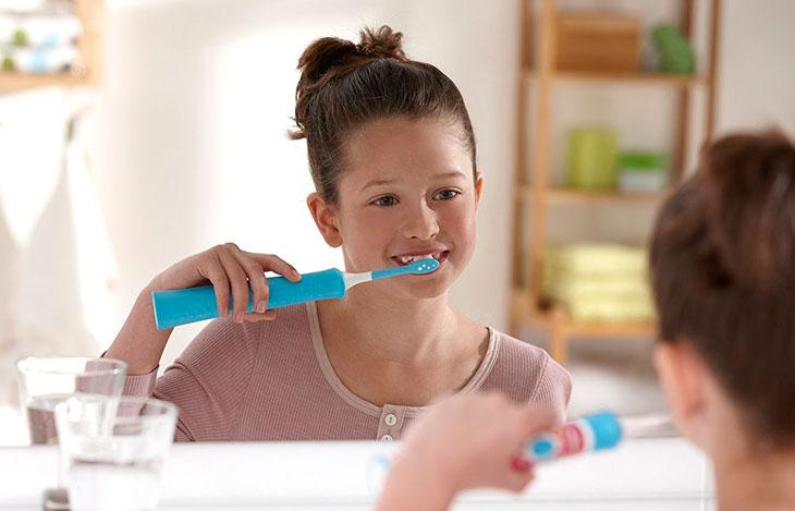 Электрическая зубная щетка: рейтинг лучших в 2019-2020 году. Какую модель выбрать?